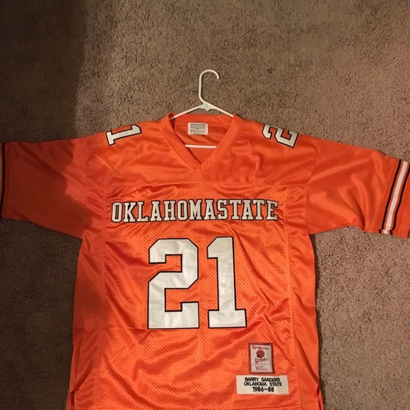 classic fit b4cf0 cf09f Oklahoma st. Barry Sanders jersey